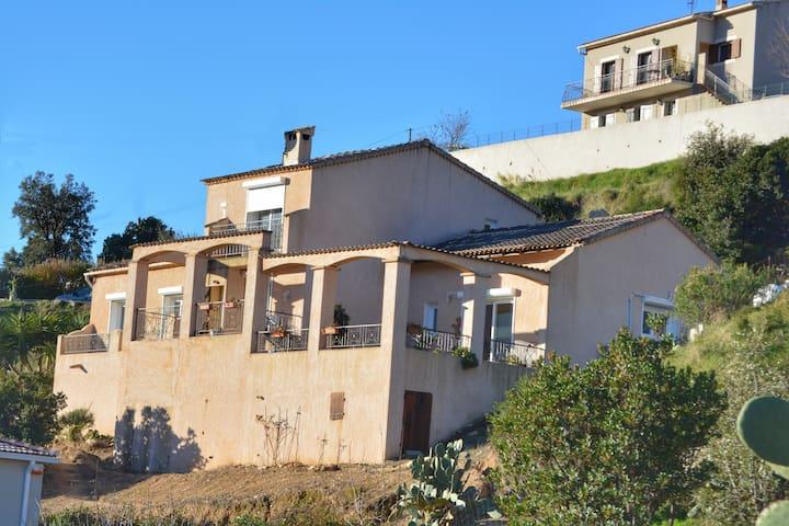 A Casa di Lucienne  (maison 120m²) - Tavaco
