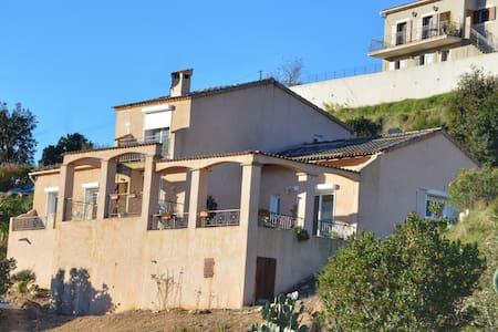 A Casa di Lucienne  (maison 120m²) - Tavaco - Rumah