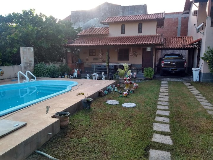 Casa com piscina churrasqueira Praia Seca Araruama