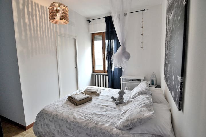 Cozy ENSUITE ROOM heart of Tuscany shared Garden