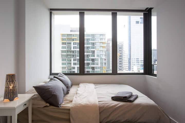 A Cozy CBD Residence Next to Southern Cross - Apartments ...