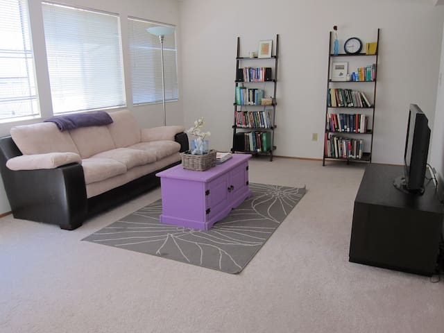 Lovely 2BR/1BA blocks from Stanford and Caltrain - Palo Alto - Pis