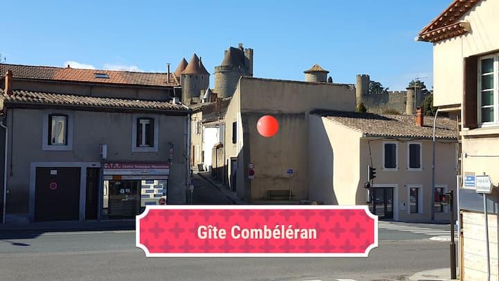 Gîte Combéléran au pied du Château médiéval