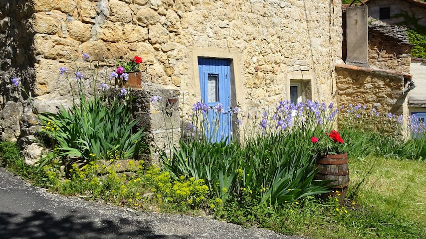Gite ancienne bergerie dans magnifique campagne - Mostuéjouls - Talo