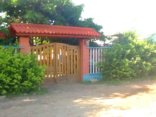 Lunamar Beach House - Santa Verónica