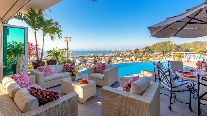 Casa Yvonneka in Puerto Vallarta by Personal Villas - Breathtaking Views Villa with Infinity Pool