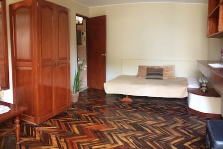 FULLY FURNISHED PRIVATE STUDIO NEAR AIRPORT - Lima - Bed & Breakfast