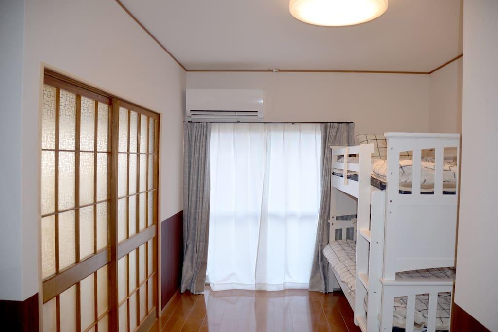 洋室・采光很好的房间・modern room full of sunshine