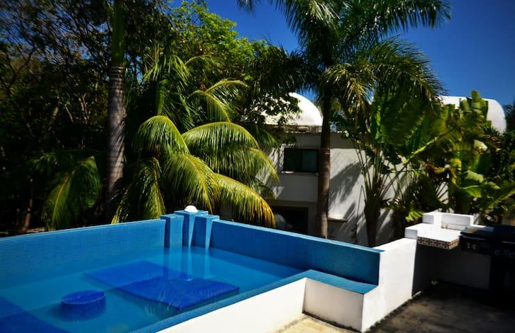 Hermosa villa por 8 personas frente playa Playacar - Playa del Carmen - Villa