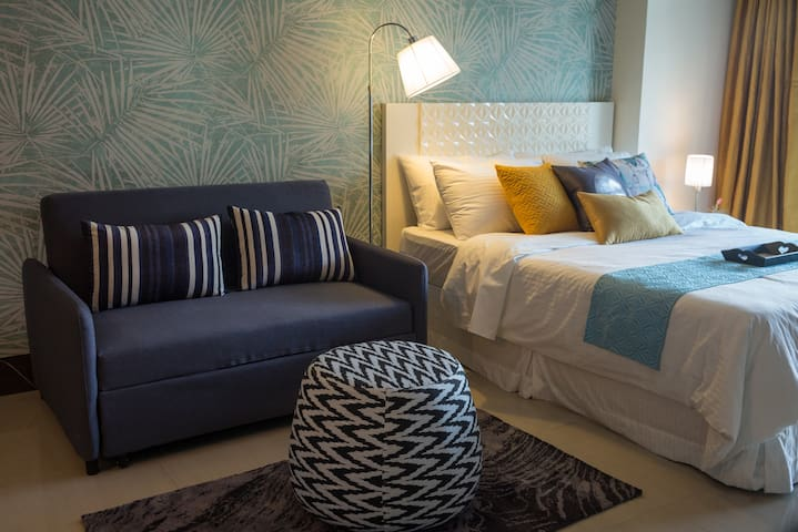 Charming & Central Studio @ Greenbelt - Makati - Apartment