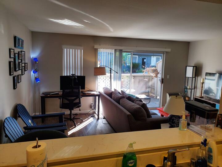 Entire 1 bedroom apartment for long term stays