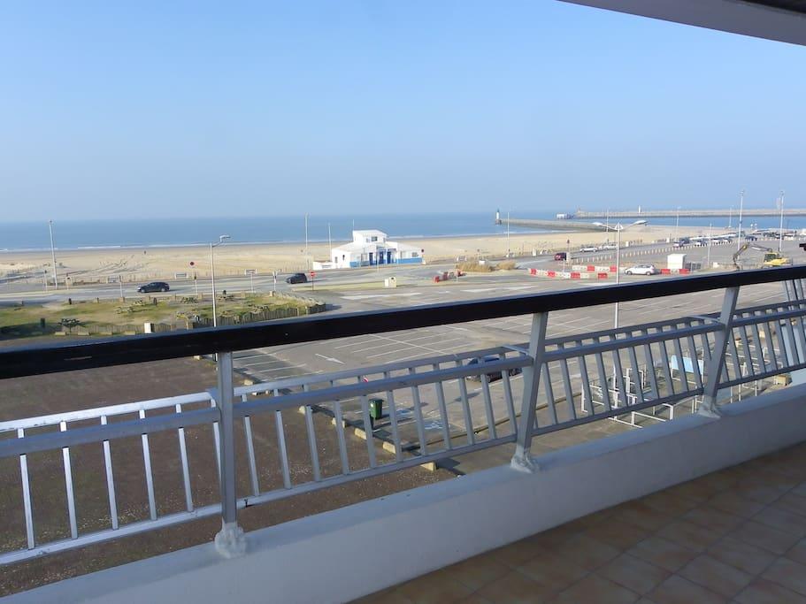 La mer vue depuis le grand balcon