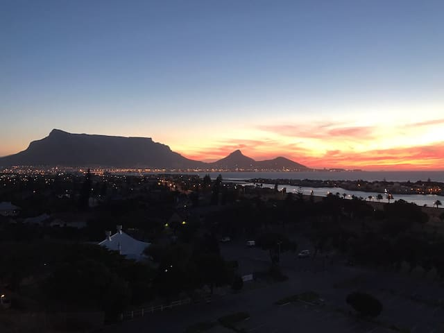 Panoramic views of Table Mountain & Bay - Cape Town - Apartament