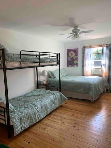 Bedroom #2, queen bed, bunk beds