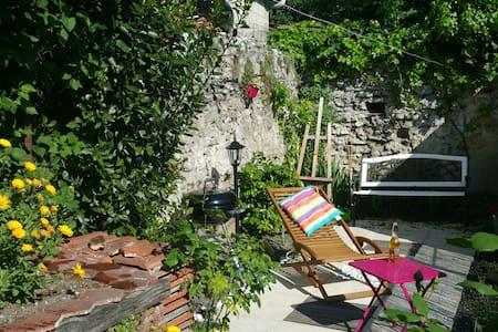 Bel appart' +jardin, 100m RER, 40m2 - Rosny-sous-Bois - Lejlighed