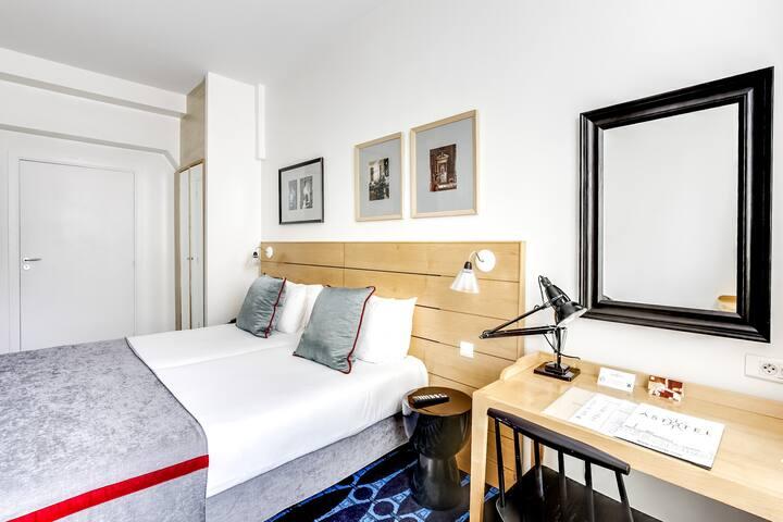 Hotel Lorette*** Free Breakfast & Open Bar Soft!