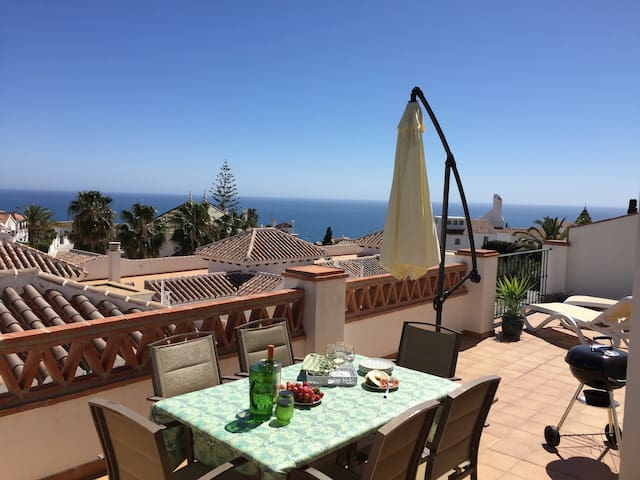 Burriana beach, pool, big terrace, superb seaview