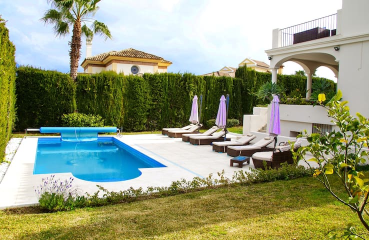 Luxury Villa with heated pool  near Puerto Banus