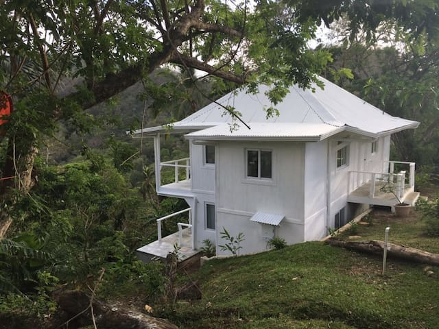 OCEAN/MOUNTAIN VIEW ROOM NEAR ISLA GRANDE!!! - Cacique - Hus