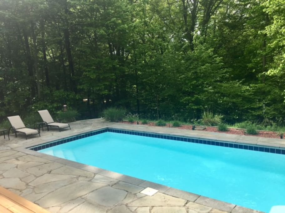 Modern, updated fiberglass pool with rafts and water toys included