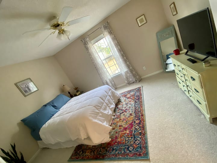 Private bedroom, only 2 minutes from Fort Rucker