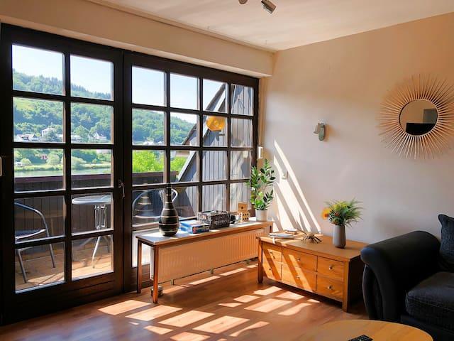Ferienwohnung Moselwein mit Balkon und Moselblick