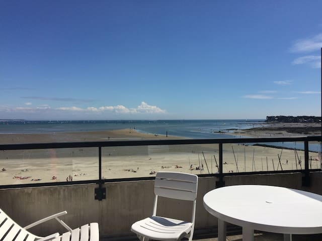 T3 face à la mer plage Benoît
