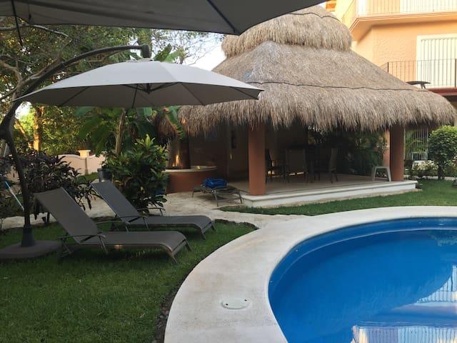 Habitación King-Size en Villa de Lujo junto al mar