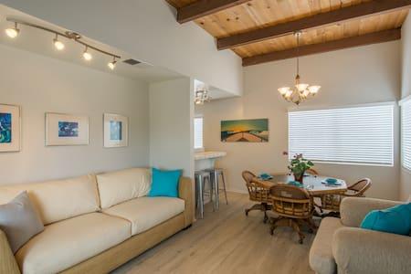 Beachfront Beauty, Walk Everywhere! - Ventura - House