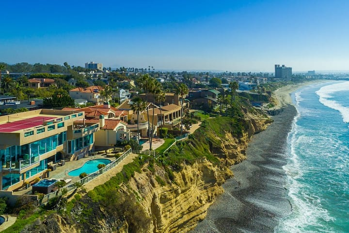 9,000 sq ft Celebrity Oceanfront Estate, La Jolla