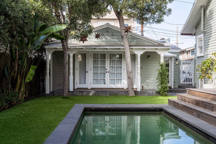 Venice Beach Guest House-fully furnished w/parking