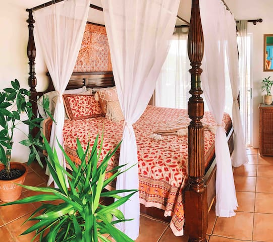 Sunset Shanti - Tropical Retreat!
