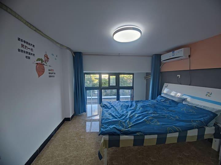 可见星空独立房间,轻奢双人床,落地大窗