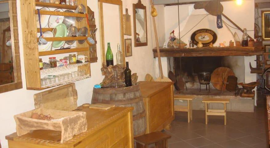 Canne al Vento - Galtellì - Aamiaismajoitus