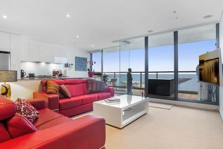 Stunning Apartment Beach Frontage, 10 min to CBD - Port Melbourne - Apartamento