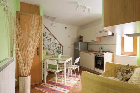 """""""PROFUMO DI MARE """"Wi-Fi gratis - Riomaggiore - Apartment"""