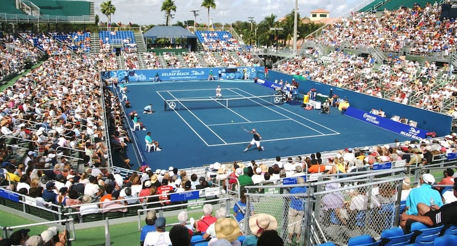 We are on the same street as the Delray Beach Tennis Open/Tennis Center!