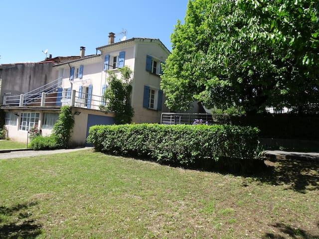 Belle maison en bord de Drôme