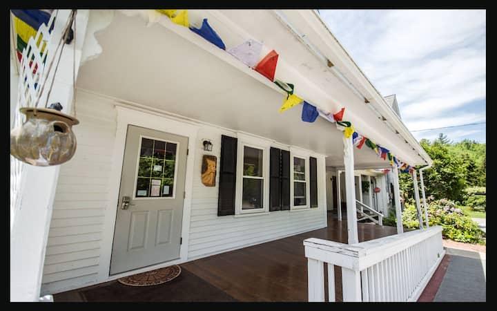 Notch Hostel - The Kinsman Room