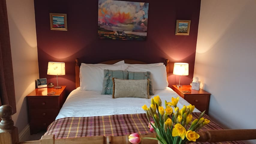Cosy Comfy King size bed:en suite @ Coire Lagan