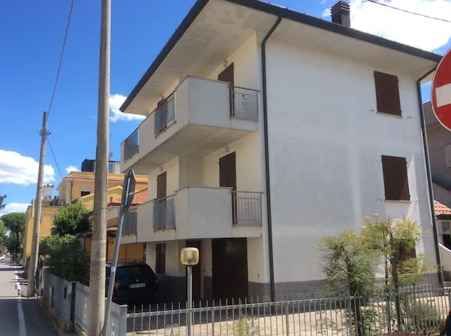 Rimini mare appartamento su 2 piani