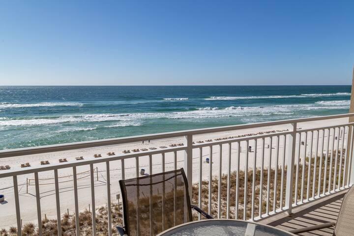 Recently updated Emerald Beach Condo. Breathtaking views! Endless entertainment!