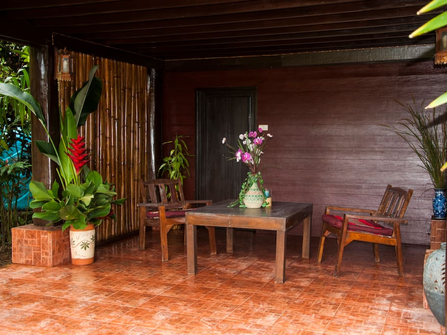 Ruean thai 1 bungalows zur miete in takua pa phang nga for Traditionelles thai haus