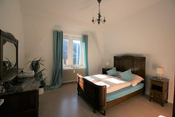 Gemütliches Schlafzimmer mit Kyllblick! - Kordel - Villa