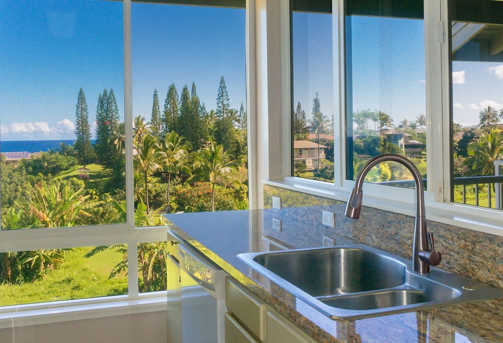 Enjoy cooking with an ocean view from Cliffs 7303.