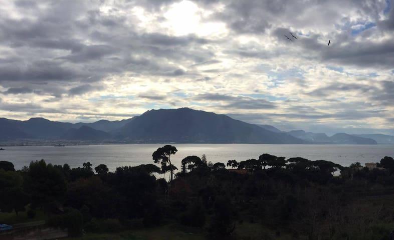 Dove il mare luccica - Tra mare, Vesuvio e Pompei - Torre Annunziata - Lejlighed