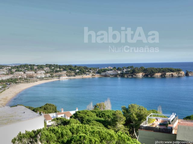 Apartment in S'agaró with community area and magnificent views to the sea