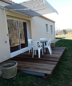 Maison pour 6 personnes,  proche de Sarlat