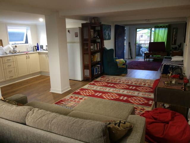 1 Bed Apartment Easter/ Bluesfest Weekend - Brunswick Heads - Apartment