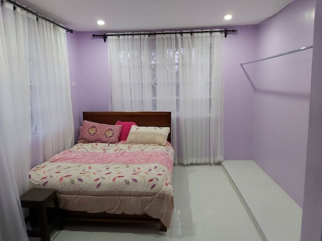 Comfortable and clean room in quiet neighborhood.